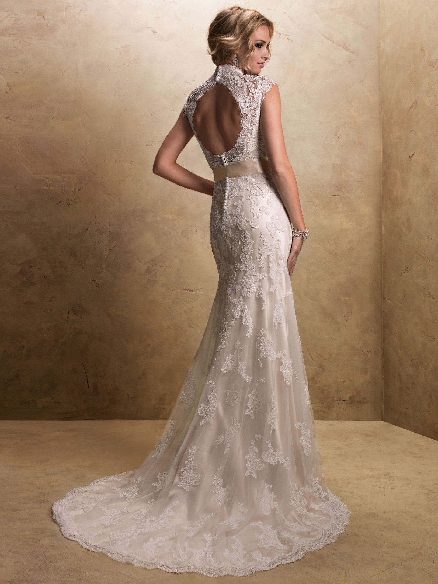 Wedding Dresses With Keyhole Backs Love Maggie Love Maggie
