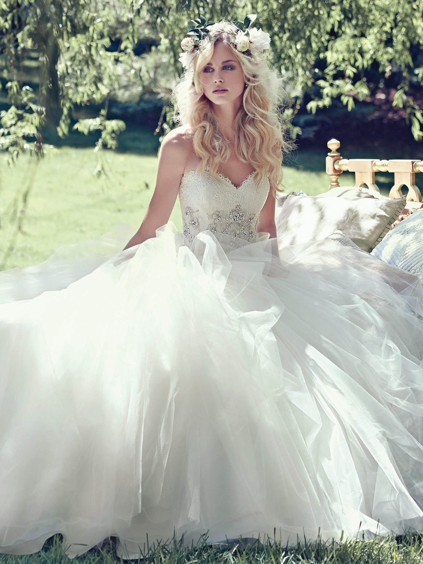 romantic bride - Aracella by Maggie Sottero