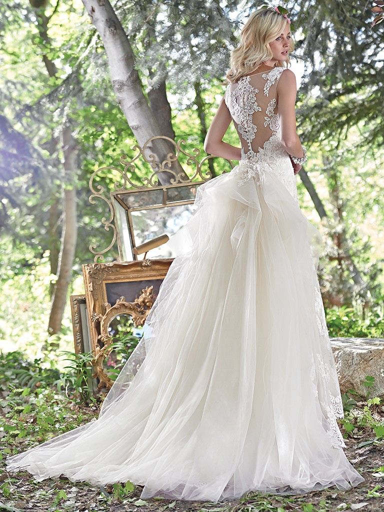Wedding Gowns that Look Great in Photos - Jovi wedding dress by Maggie Sottero