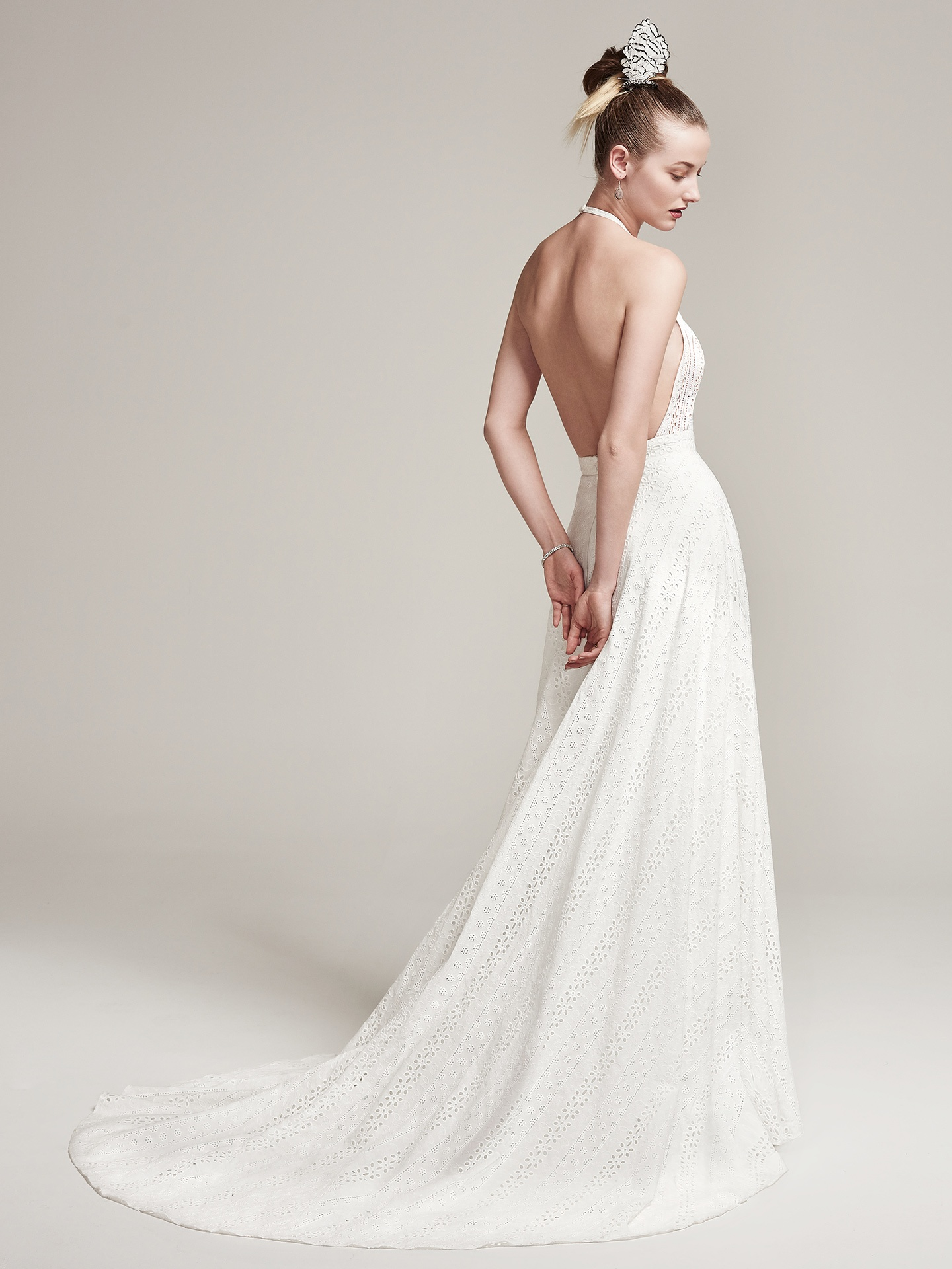 Seven Types Of Lace To Know When Ping For A Wedding Dress Maggie Sottero S