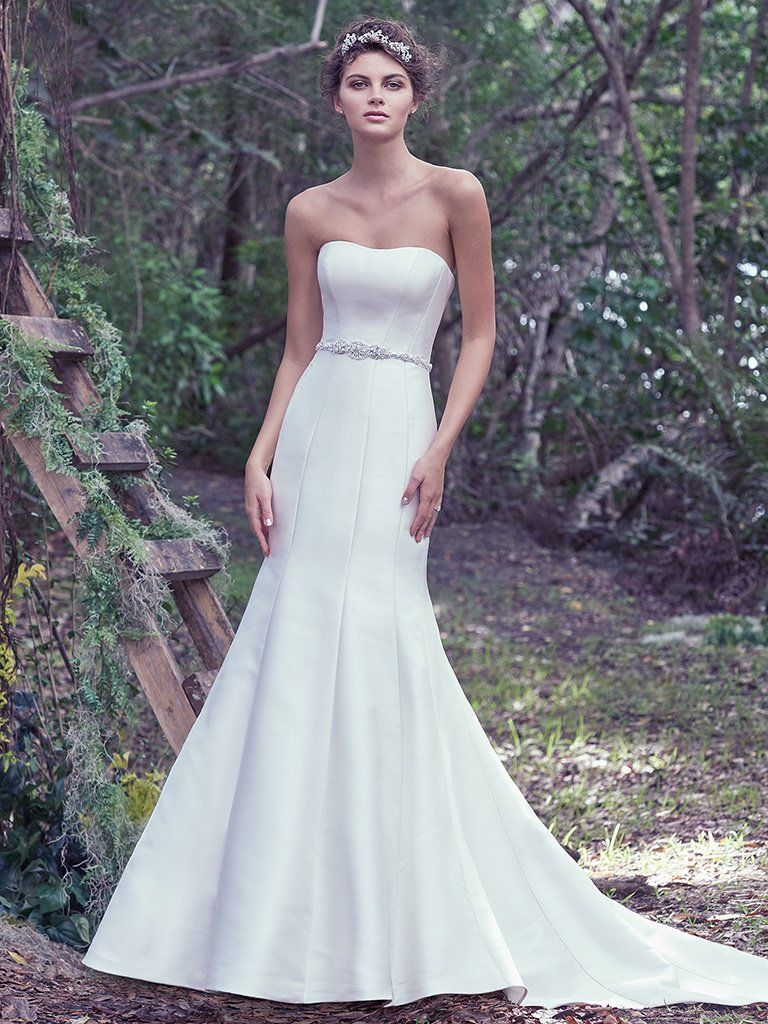 Wedding Gowns that Look Great in Photos - Dante wedding dress by Maggie Sottero