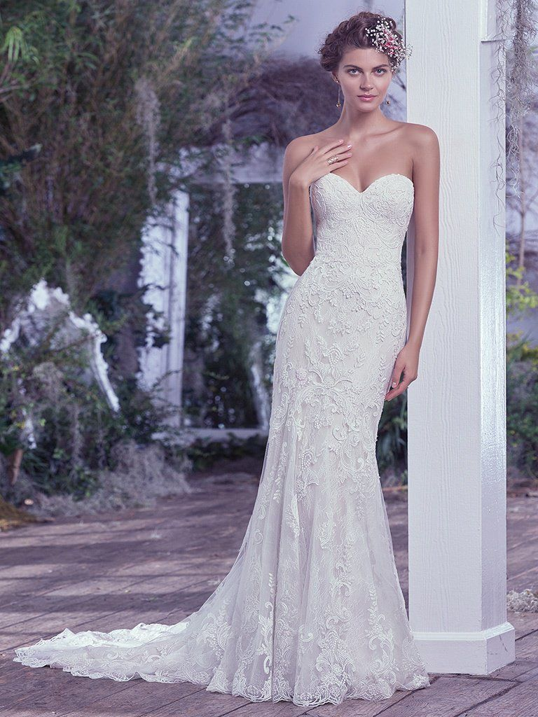 16 Best Wedding Gowns of 2016 - Mirelle by Maggie Sottero