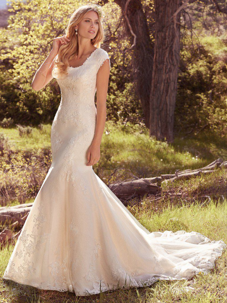 maggie sottero wedding dress brielle 7mw336