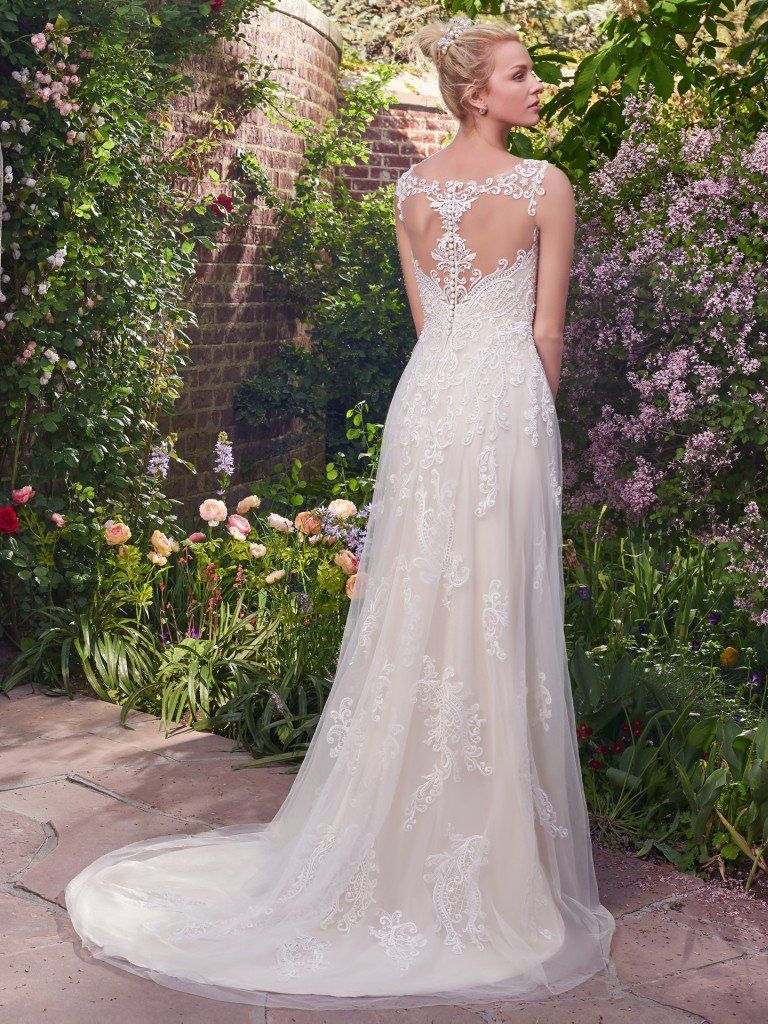 6 Best Wedding Dresses for a Rustic Wedding - Alexis wedding dress by Rebecca Ingram