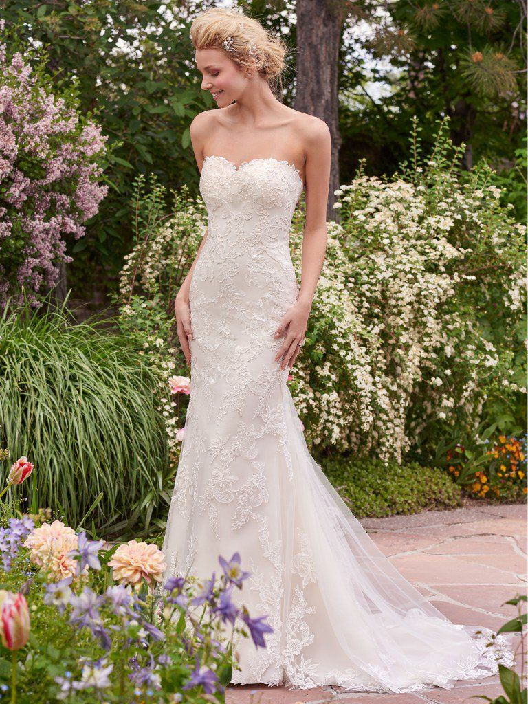 Rebecca Ingram's Sandra wedding dress