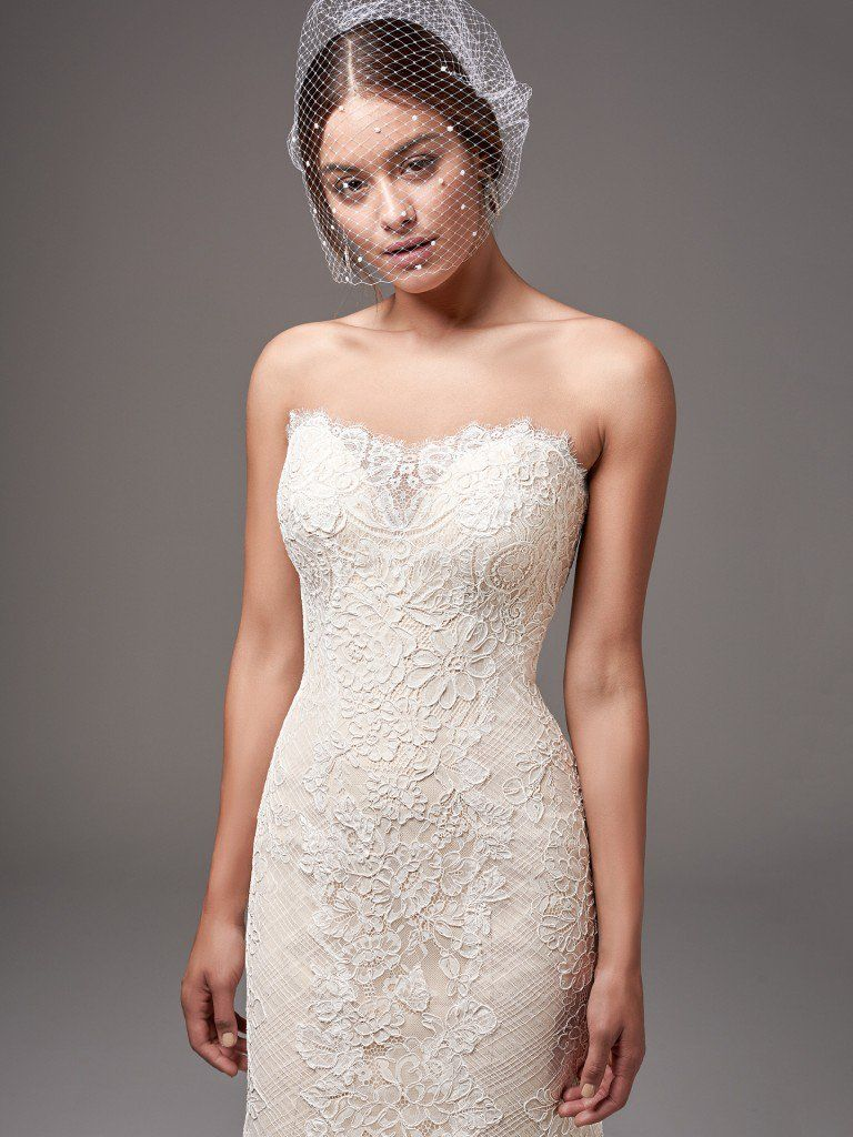 6 Best Wedding Dresses for a Rustic Wedding - Phillipa wedding dress by Sottero and Midgley