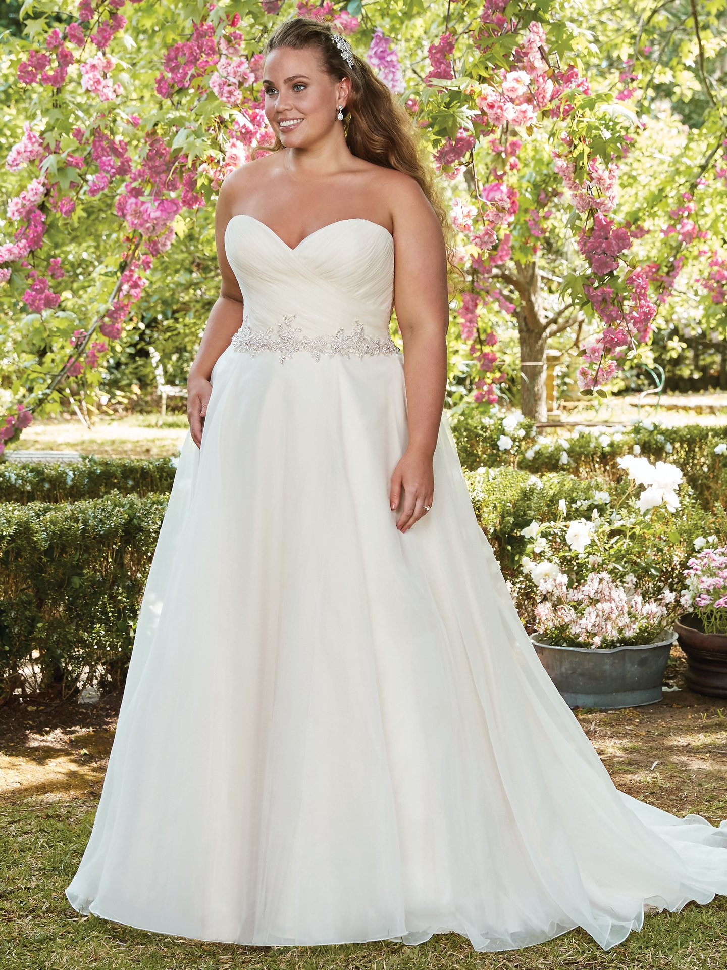 Wedding Dress Color Guide: Shades of White for Every Bride. White wedding dresses Rebecca Ingram - Arden