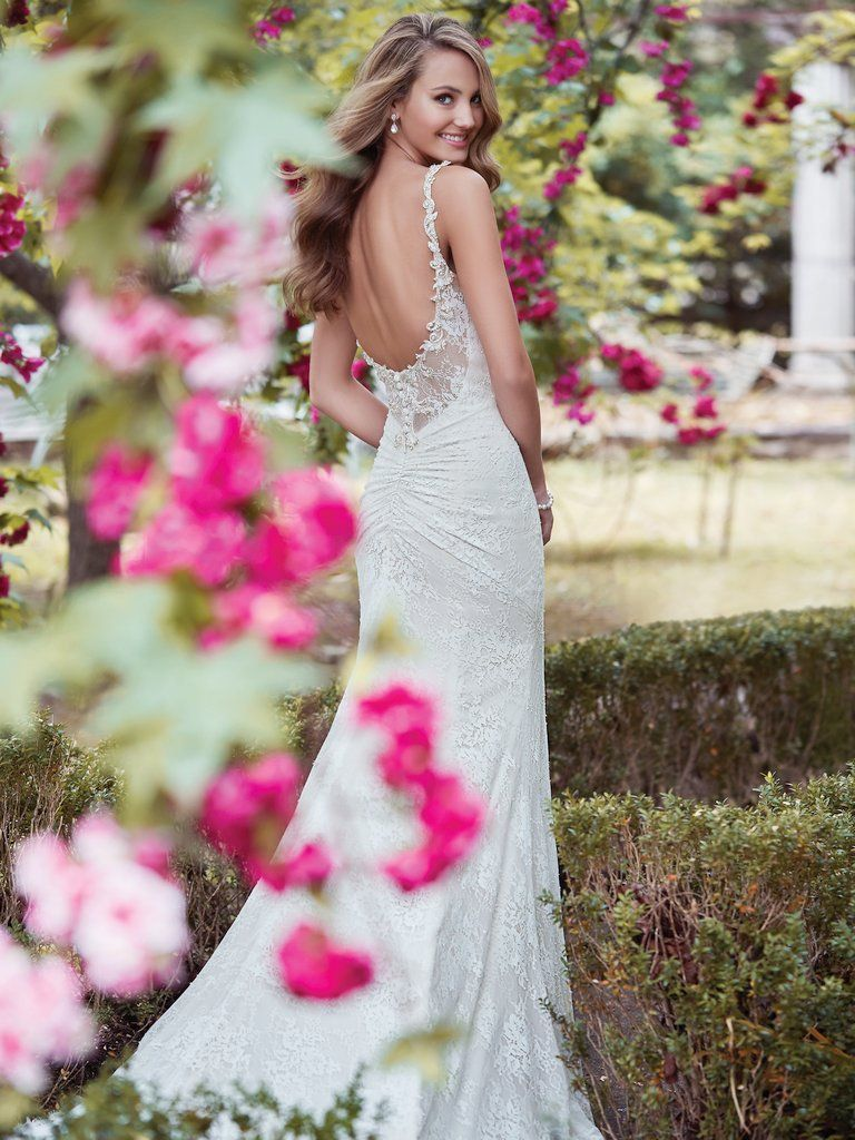 Find the perfect gown for your wedding dress budget with Maggie Sottero's guide. Helena wedding dress by Rebecca Ingram.