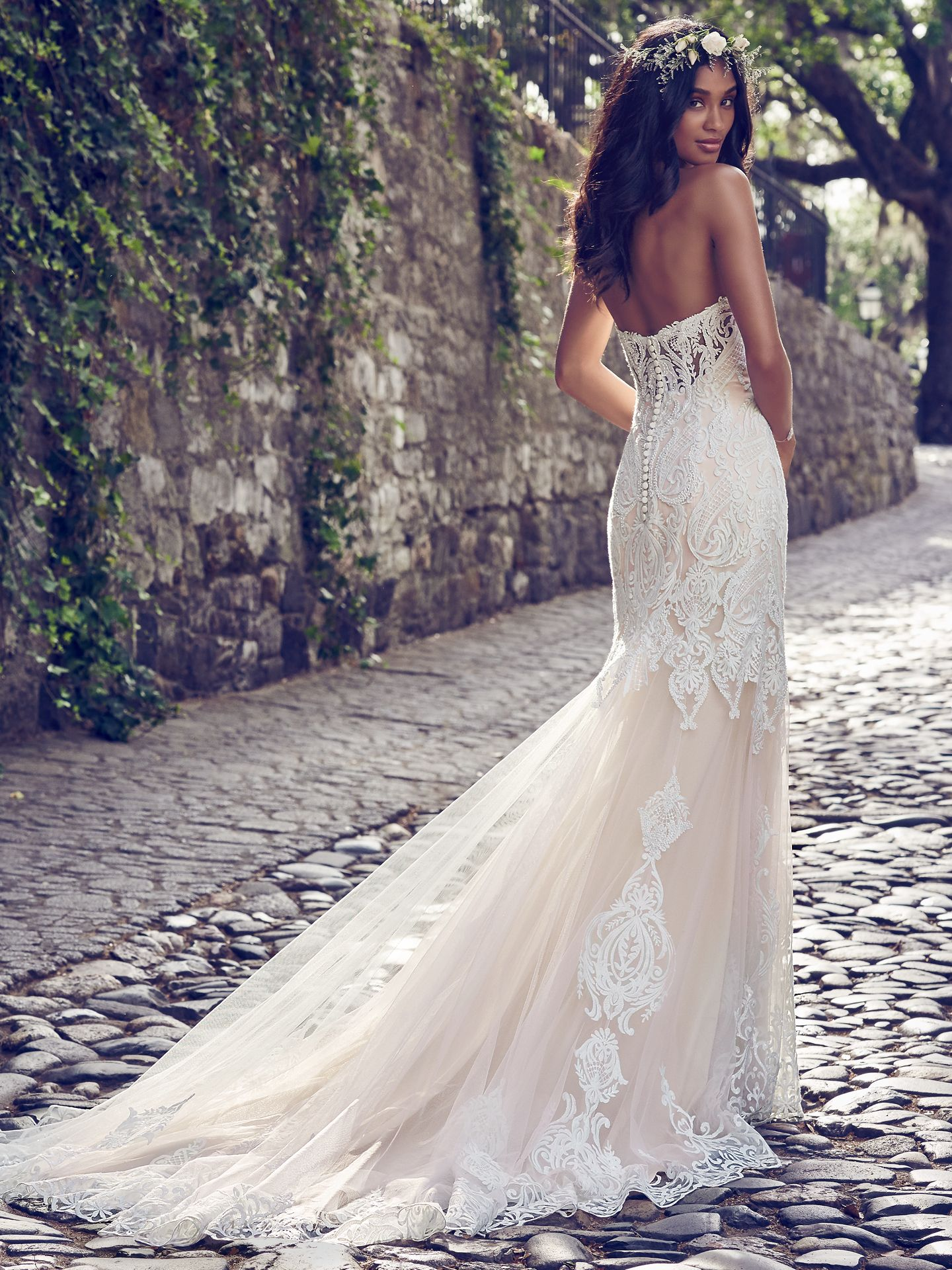 Quick Delivery Wedding Dresses For Your Upcoming Wedding : Love Maggie