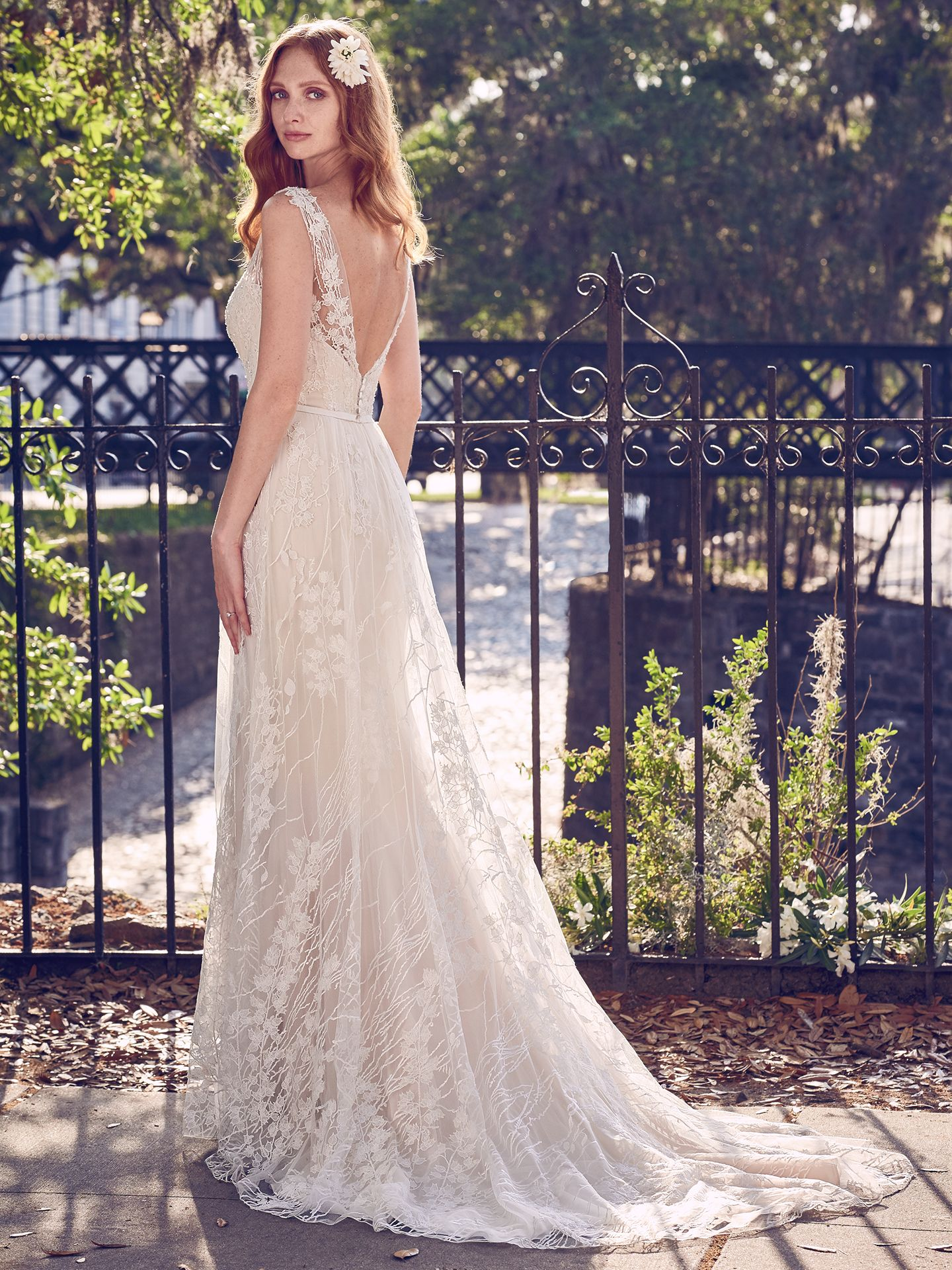 6 best wedding dresses for a rustic wedding love maggie love maggie 6 best wedding dresses for a rustic wedding geddes wedding dress by maggie sottero junglespirit