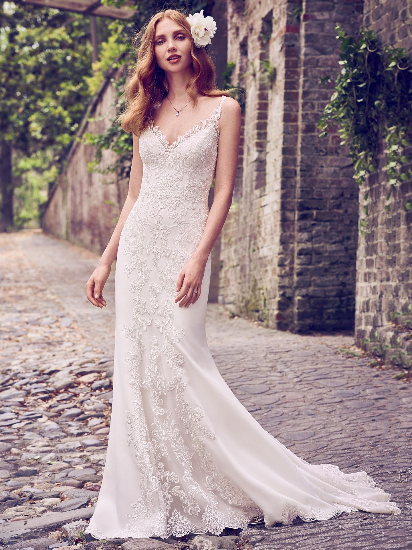 The Latest Wedding Dress Trends for Engagement Season 2018 - Kiandra wedding dress with Jersey lining for a luxe, breezy and figure-flattering fit.