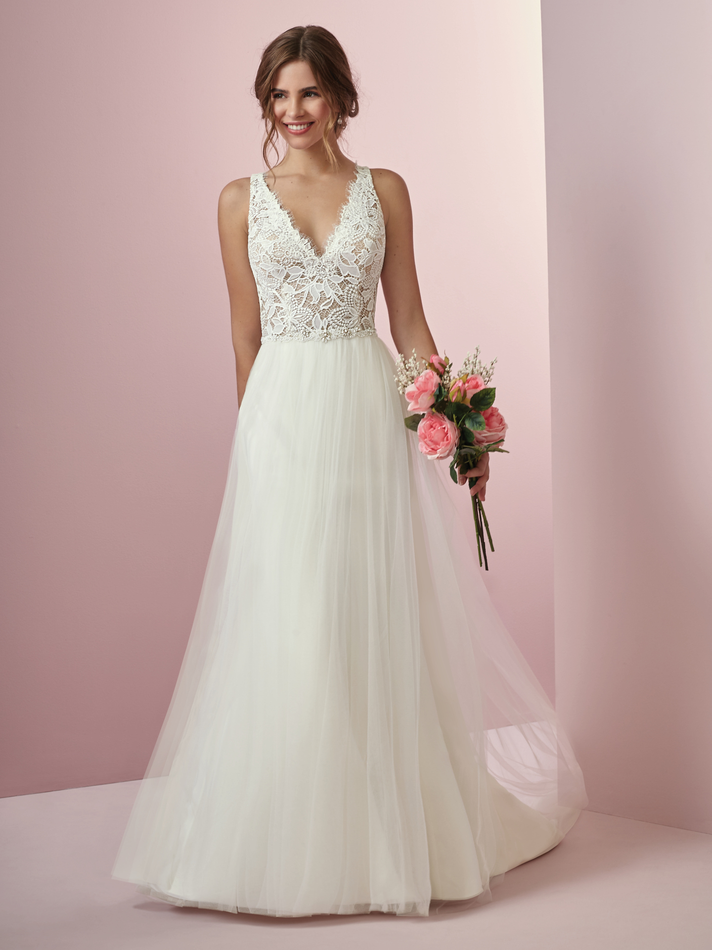 Seven Types of Lace To Know When Shopping For A Wedding Dress: Maggie Sottero's Lace Library. Connie wedding dress by Rebecca Ingram