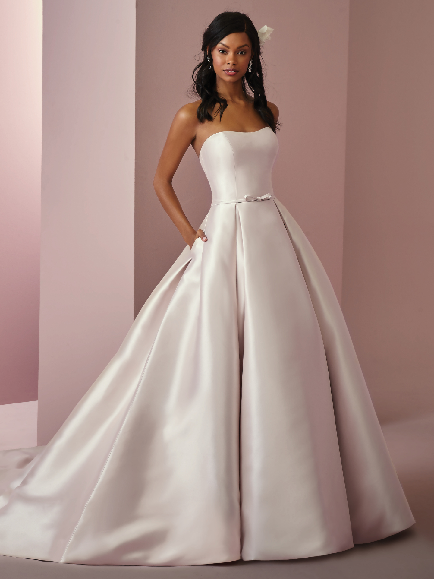 7022eef2392b Silk And Wedding Dress Alternatives For The Glamorous Bride