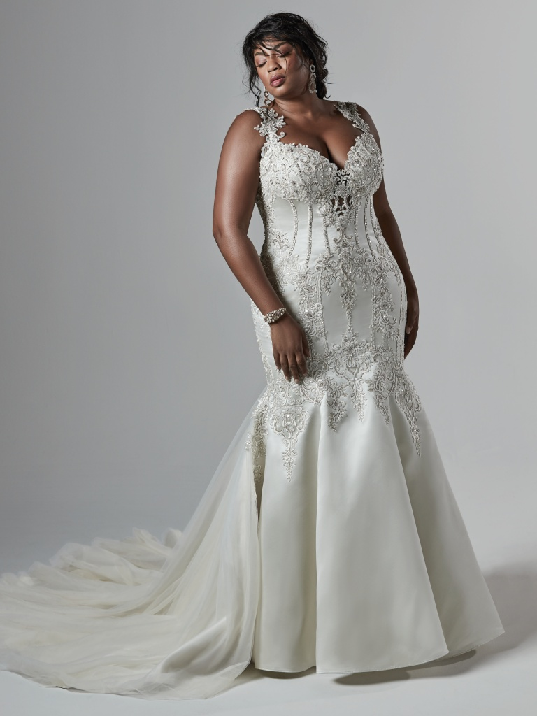 The Ultimate Guide to Wedding Gowns for Curvy Brides from Whitney of CurveGenius - Try the Darren Lynette wedding dress by Maggie Sottero for a sexy option