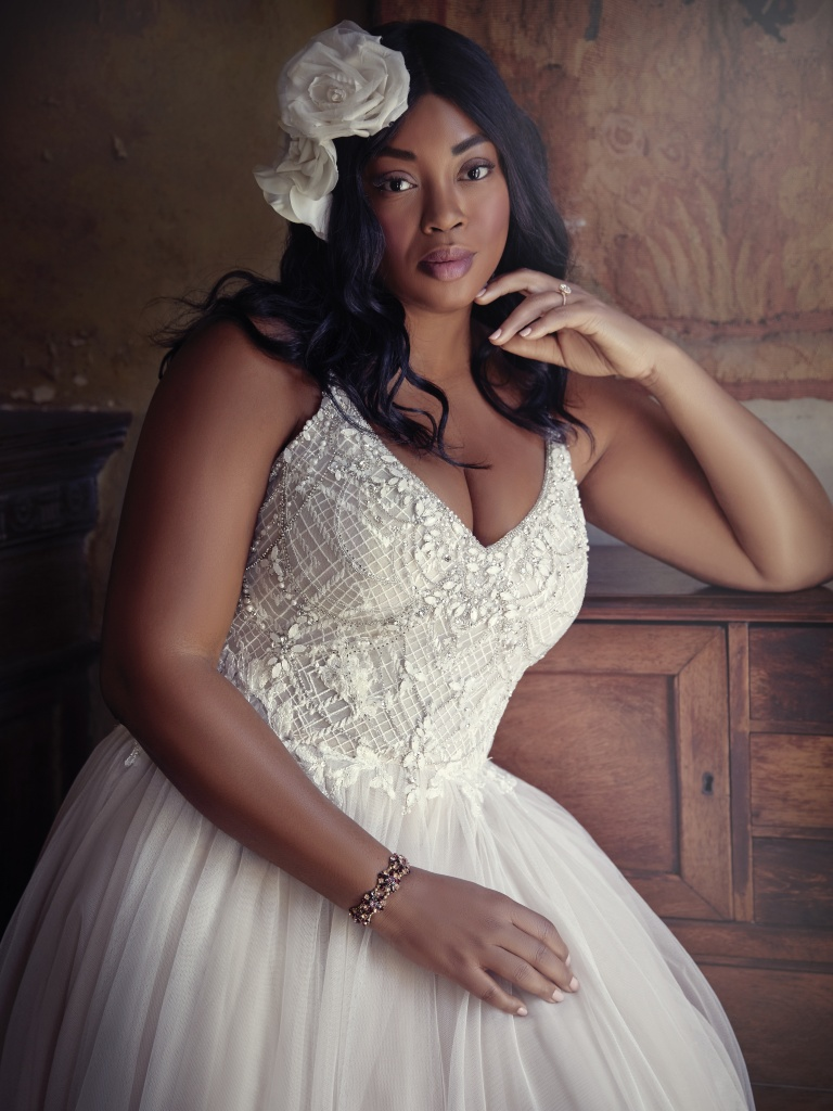 The Ultimate Guide to Wedding Gowns for Curvy Brides from Whitney of CurveGenius - Matilda Lynette wedding dress by Maggie Sottero accentuates the natural curve of the waist.